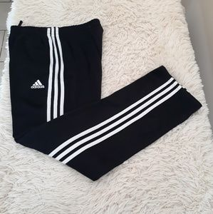 Adidas sweatpants boys XL 18 20 black 3 stripes